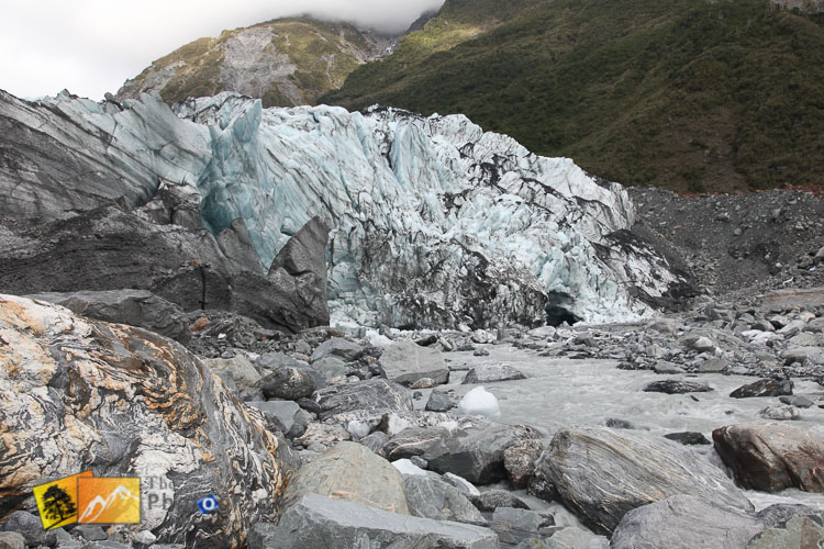 Coloured rock in fron of Fox Glacier.