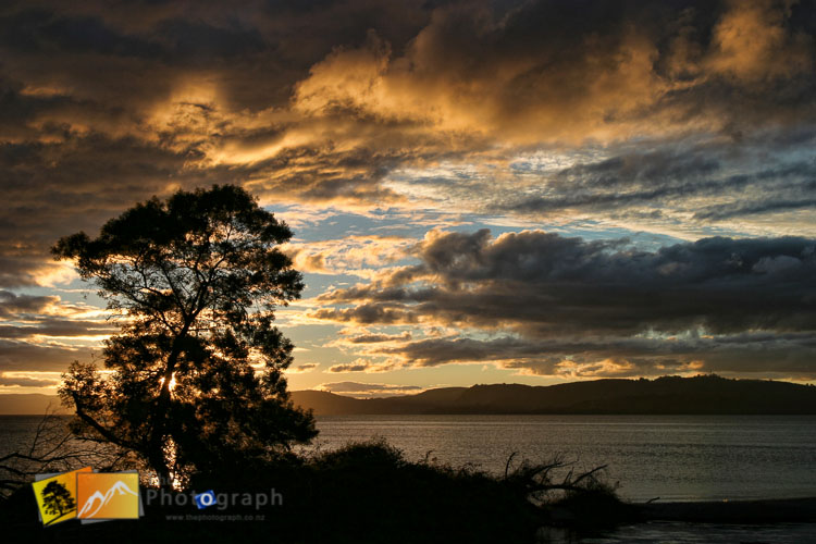 Taupo lake sunset picture.