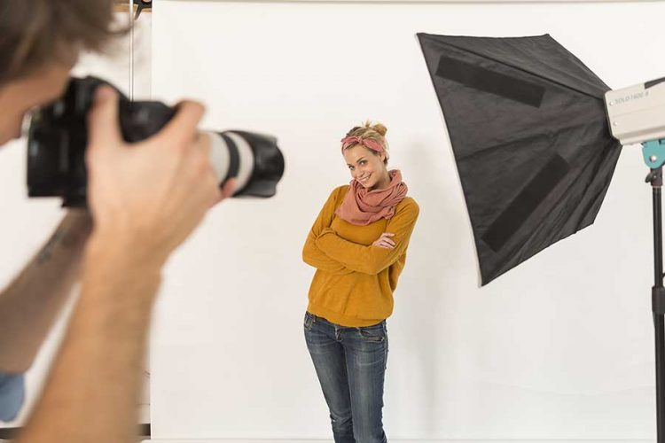 Assisted learning for posing and lighting.